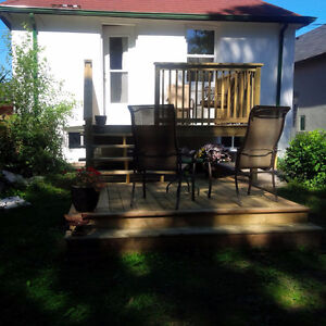 ROOM FOR RENT- BEDROOM FULLY FURNISHED *WIFI/HYDRO -MAY 1ST