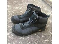 Mountain Warehouse Waterproof Hiking Boots (Size UK 11 / 4-Season / All-Season)