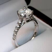 BAGUE DE FIANCALLES PAR COMMANDE / CUSTOM-MADE ENGAGEMENT RINGS