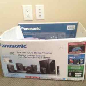 3D panasonic home theatre set for sale in excellent condition!!