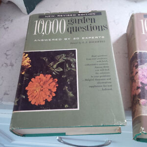 10,000 Garden Questions, Answered by 20 Experts, 2 Vol.