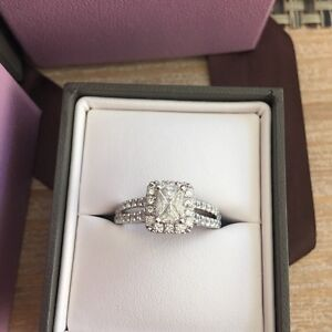 Engagement ring. Perfect condition Eglinton Wanneroo Area Preview