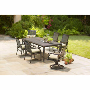 Moving Sale - Martha Stewart 6-person patio dining set