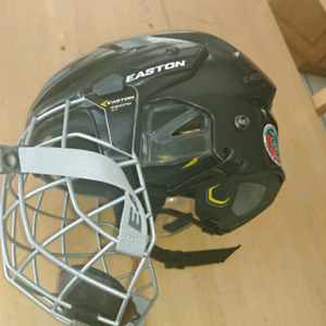 Easton E400 hockey helmet with cage - youth size small