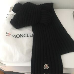 AUTEHTIC MONCLER SCARF WITH DUST BAG