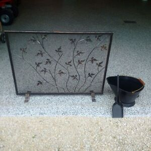 Single Panel Footed Fireplace Screen and Accessories