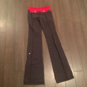 lululemon reversible groove pants size 4 tall