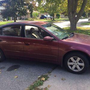 Nissan Altima 02 2.5s for sale good car! $900