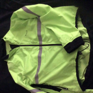 Running Room Jacket Size extra small EUC