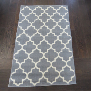 "Brand New Grey Art Deco Carpet 48"" x 30"""