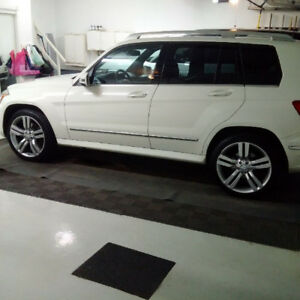 2011 Mercedes GLK 350-Price reduced to sell