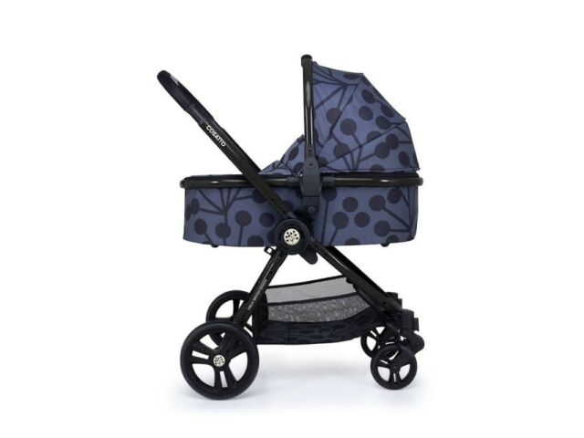 New Cosatto Wowee I Size bundle Lunaria with carrycot car seat base & Raincover