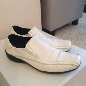 Locale white leather shoes