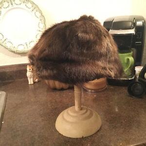 Vintage women's fur hats for sale Regina Regina Area image 2
