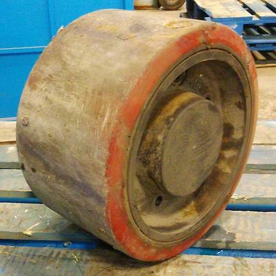 10 X 8 Forklift Tire