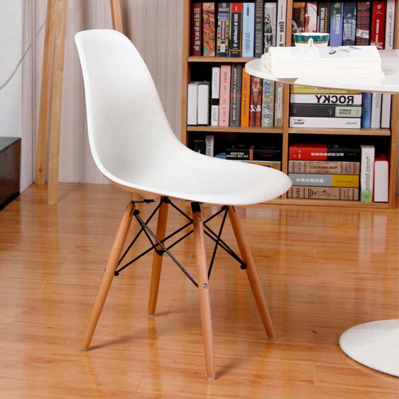 Set of 4 Designer Inspired DSW Eiffel Chairs