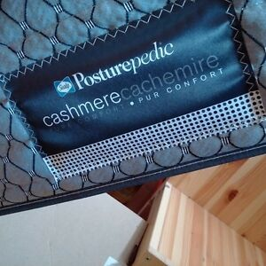 Free queen size matress and box spring! In Orillia and available
