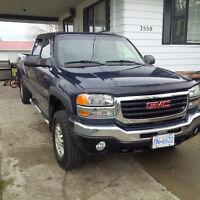 2005 GMC Sierra 3500 SLE Pickup Truck     NO EMAIL*