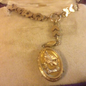 Antique Victorian Rose GF Book Chain Necklace Gold Front Locket