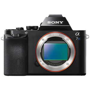 Sony A7S + Lentille FE 35mm F2.8 + Flash + Accessoires