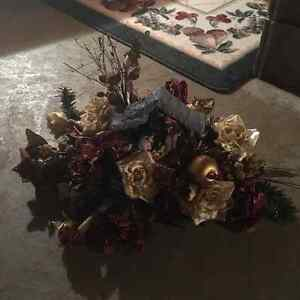 Christmas Centerpiece Windsor Region Ontario image 1