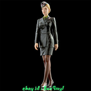 1/20 Model Kits Army Female Officer Figure Resin GK Unpainted Unassembled
