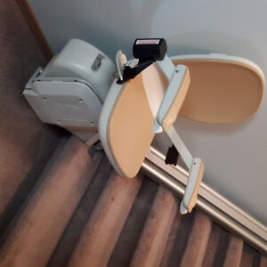 Acorn Stair Lift $ 2,200.00 Purchased 03/2107 rarely used.