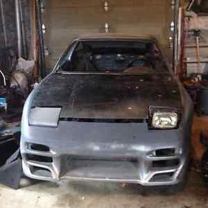 1990 Nissan 240SX shell with some parts 700$ obo gone by weekend