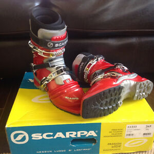 Scarpa T2 Telemark boots mens size 26.5