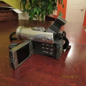 Canon Optura 40 MiniDv camescope zoom optique 14X