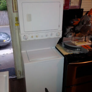 Frigidaire Gallery Heavy Duty Stacked Washer/Dryer Combo