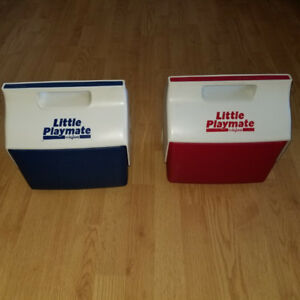 Little Playmate by Igloo Coolers For Sale