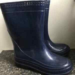 Navy rubber boots - size 12 toddler