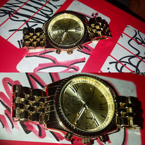 Vans Limited Edition Gold Whistle Watch