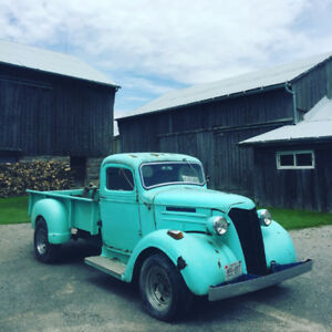 1937 Chevy Maple Leaf Truck