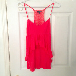 Women's clothing, sizes range from XS to M!