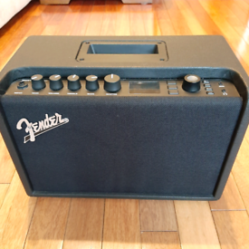 Fender Mustang GT40 amp and footswitch