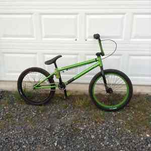 BMX bike - Mirraco