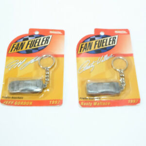 2 PEWTER KEY CHAINS OF CAR RACES JEFF GORDON & RUSTY WALLACE