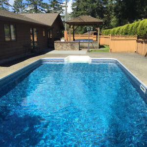 4 bedroom Langley rancher for rent with pool and hot tub