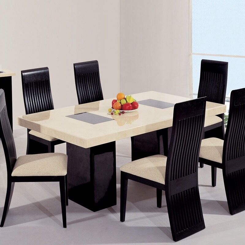 CREAM BLACK MARBLE DINING TABLE 6 CHAIRS in Broughty Ferry