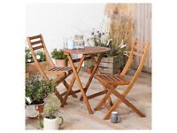 Wooden 2 Folding Chairs and Round Table Bistro Set New