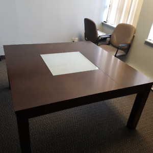 Dining/Conference/Boardroom table