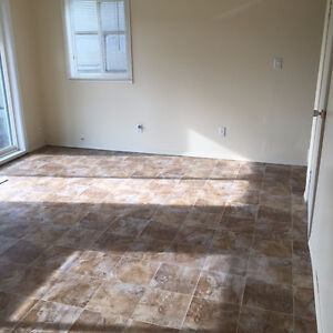 Spacious 1,500 Sq Ft Upgraded 3 Bdrm Townhome Desirable End Unit