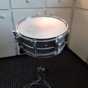 Yamaha Snare Drum w/ Stand