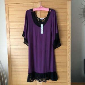NEW Unused with Tag Plum Aubergine Black Lace Nightgown