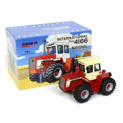 2018 National Farm Toy Show International Harvester IH 4166 Tractor 1/64 scale