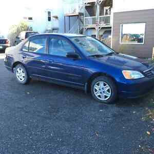 2003 Honda Civic - 999$ Négociable