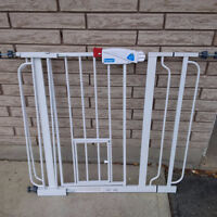 Puppy Gate and Portable Puppy Fence