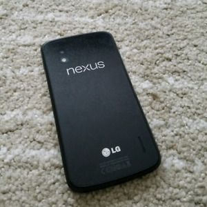 Unlocked Nexus 4 with Case and Original Box - Low price!